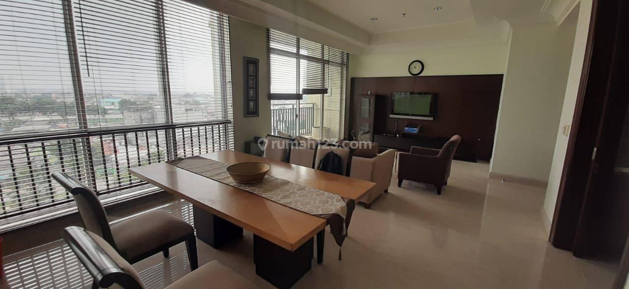Apartemen Pakubuwono View 2 Bedroom Lantai Rendah Tower Redwood