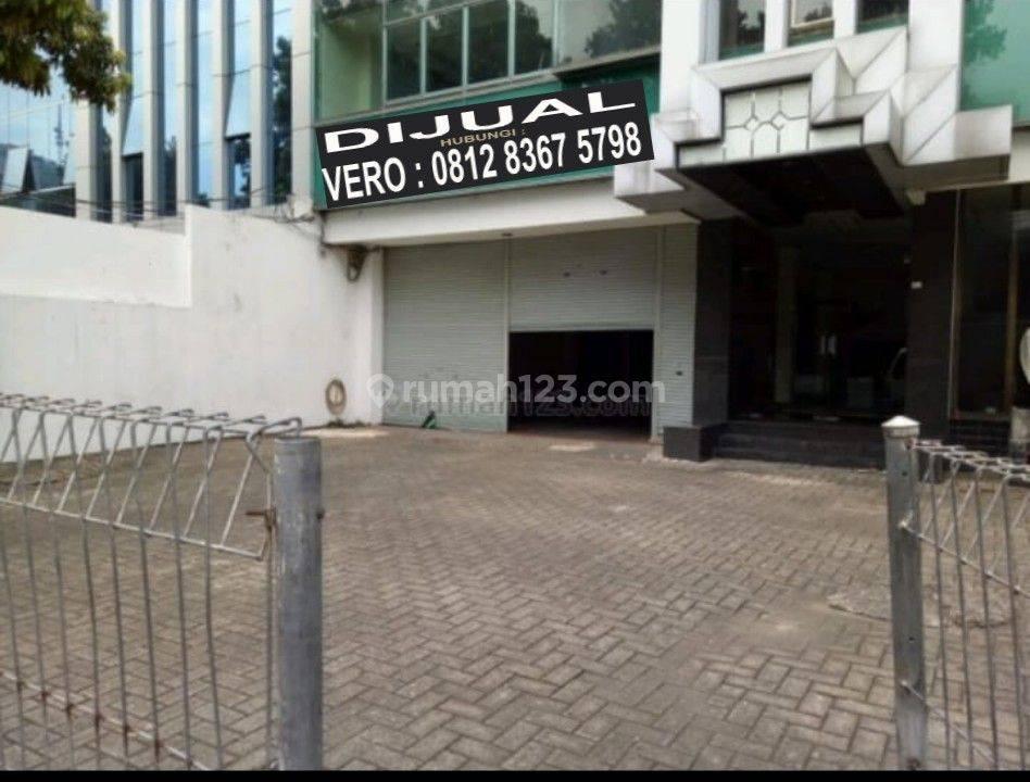 Gedung 4 lantai di Guntur Jakarta Selatan