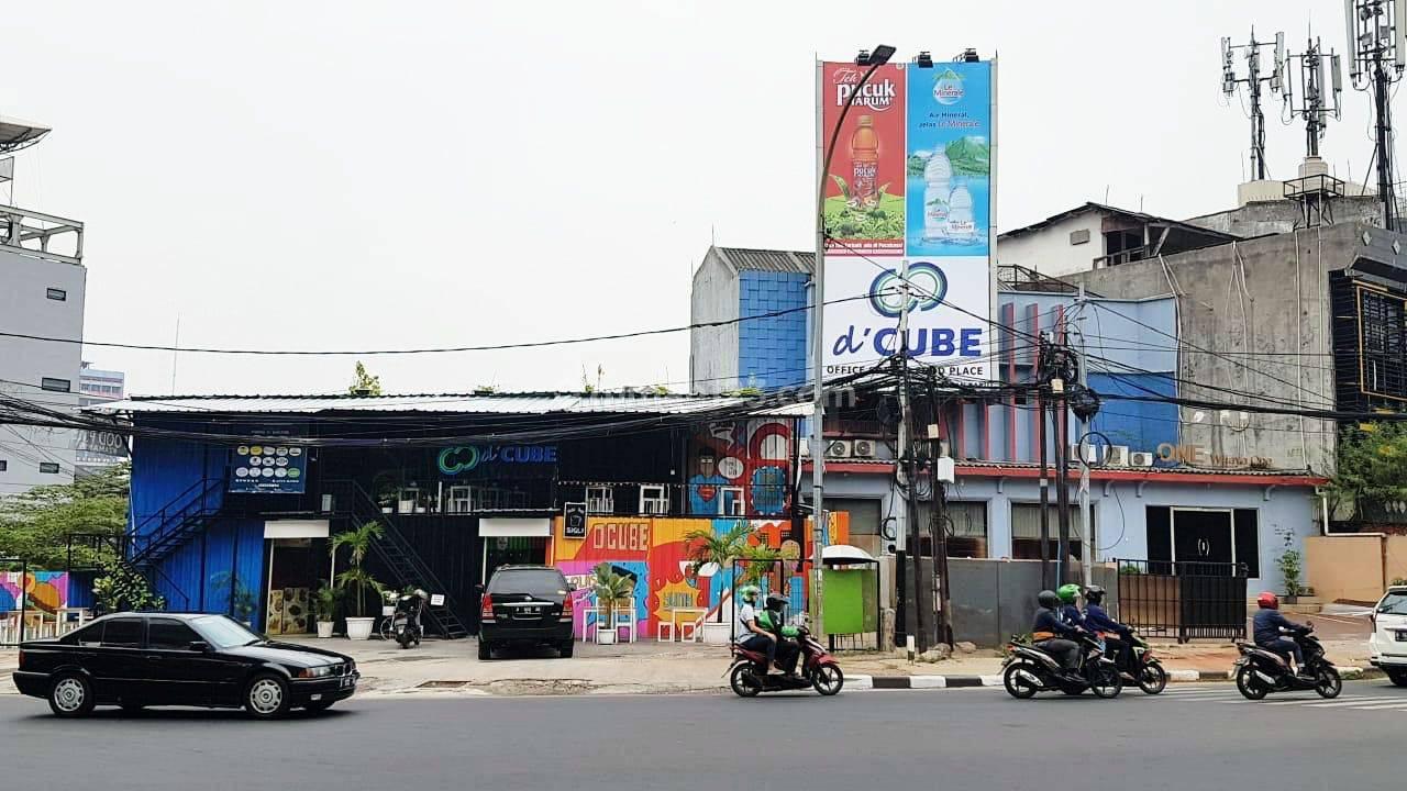Dijual Ruang Usaha di Wolter Monginsidi Jakarta Selatan