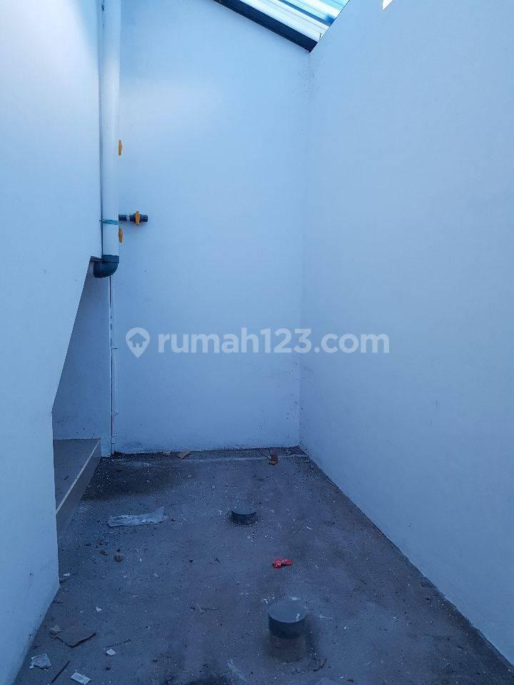 Ruko Baru 3 lantai di Raya Mahendradata Denpasar