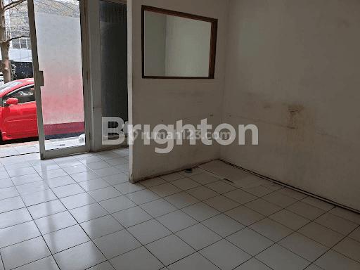 Ruko 4 lantai di Kompleks Grand Panglima Polim, Jakarta Selatan