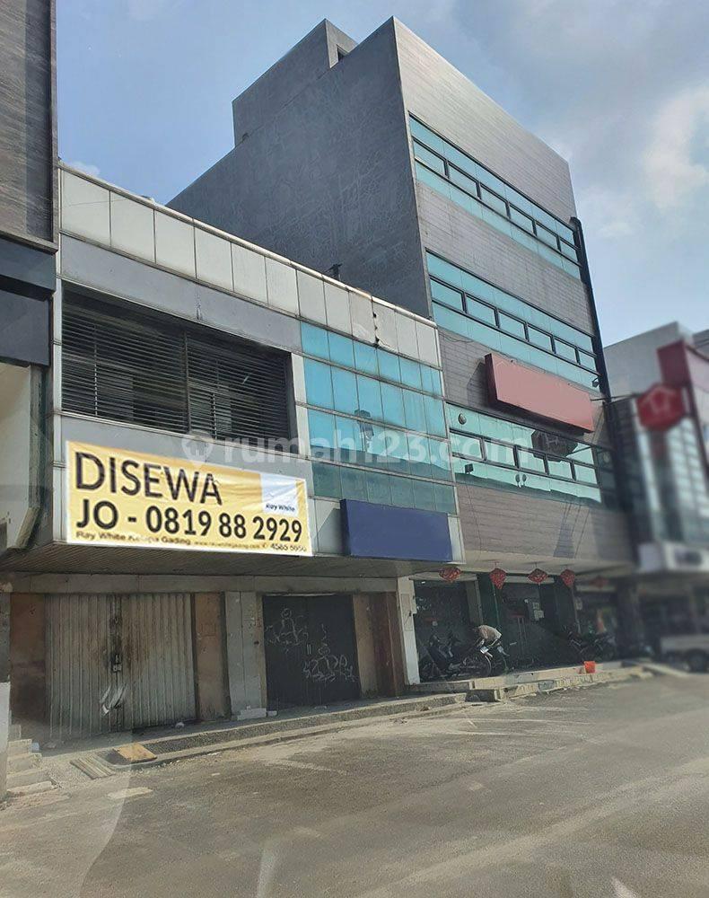 Ruko 2 Lantai Boulevard Raya, Luas @4,5x16m2