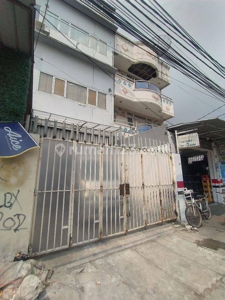 Ruko Terstrategis Termurah di Jalan Ternate dkt ITC Roxy Mas
