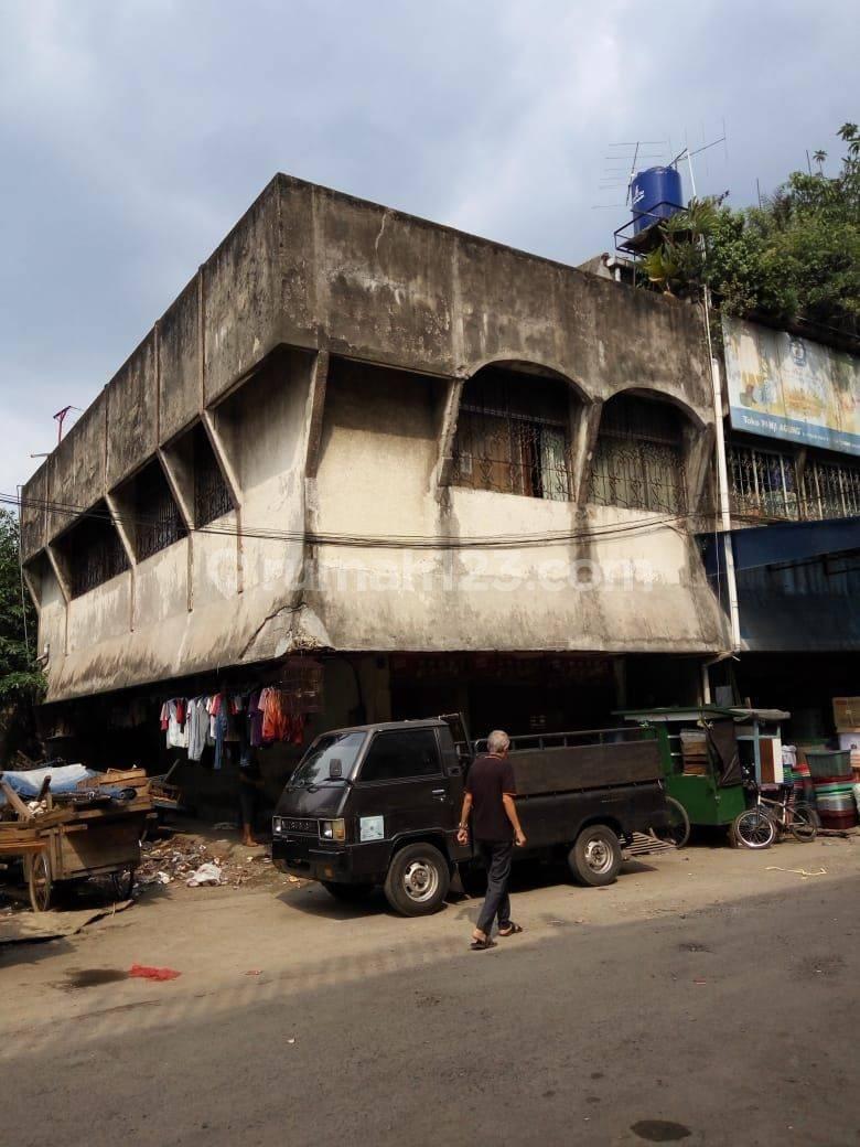 Ruko Dekat Pasar Kebayoran Lama, Jakarta Selatan