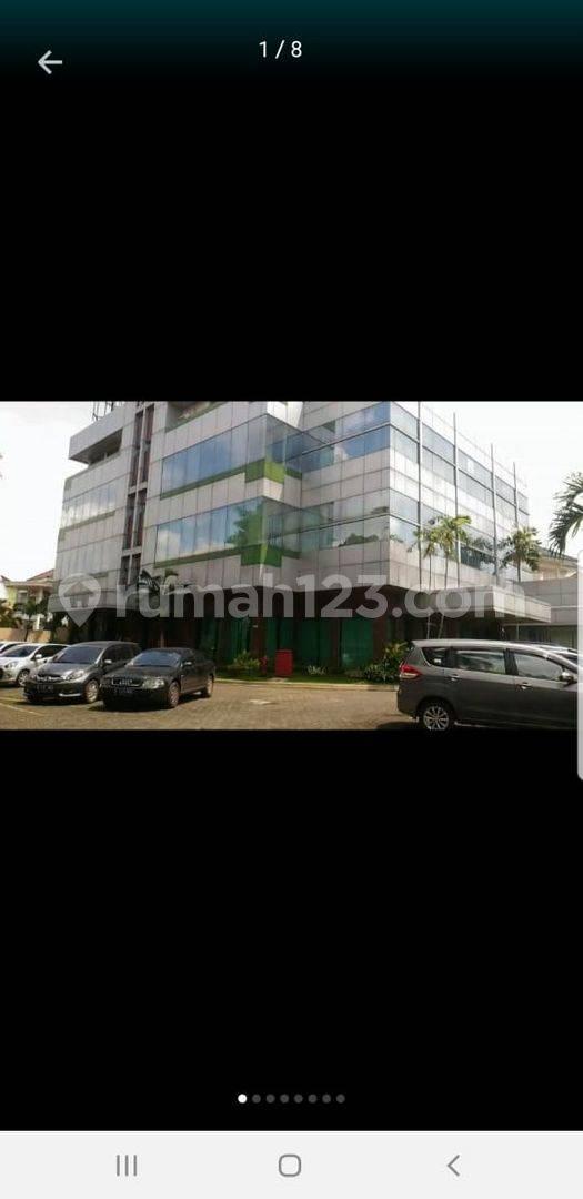 Gedung di Area Pejaten - Jakarta Selatan