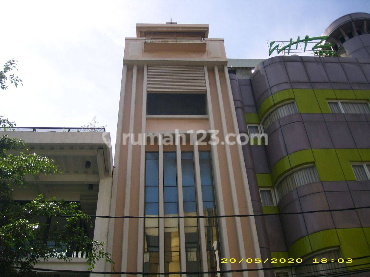 Gedung kantor 5 lantai luas 136 m2 Blok M Kebayoran Baru Jaksel