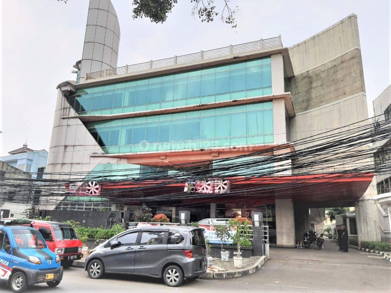 Office Building 5 lantai Siap Pakai luas tanah 2600m di Bendungan Hilir Benhil Jakarta Pusat Dekat Sudirman Semanggi