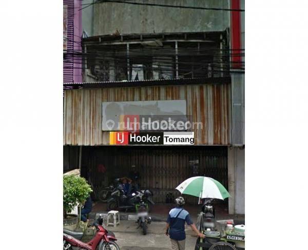 Rumah Tua Lokasi Strategis daerah Gambir Jakarta Pusat