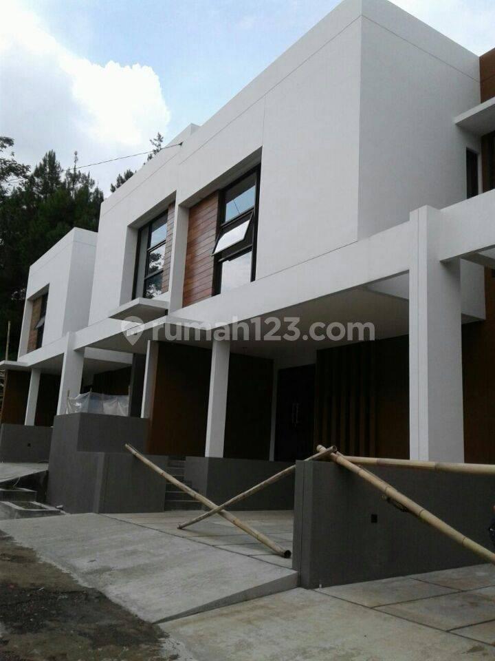 Rumah Baru Minimalis Modern di Sayap Setiabudhi