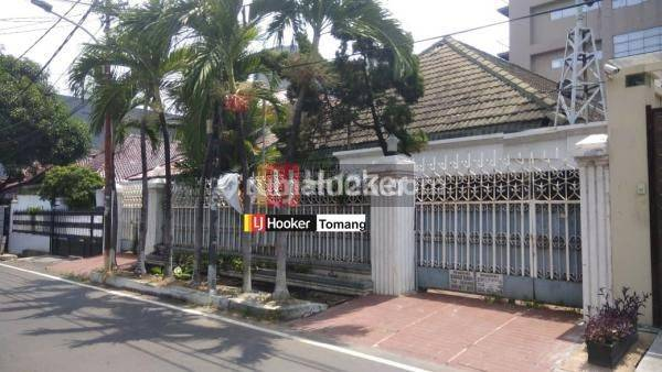 RUMAH TUA Masih Layak Huni daerah Petojo Jakarta Pusat