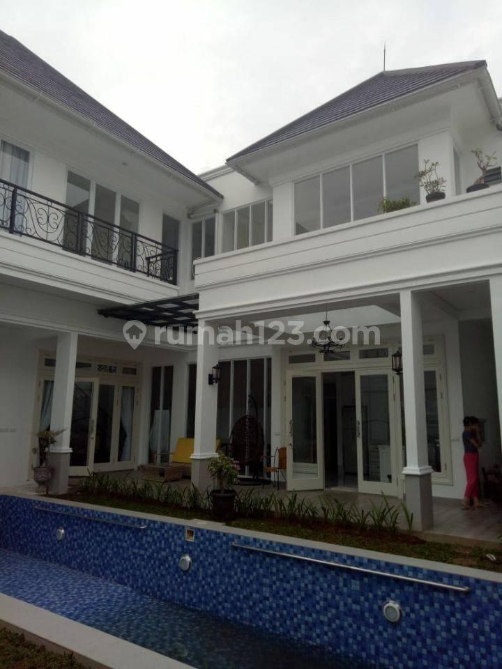 Rumah termegah dan terbesar, di daerah elit Menteng, Jakarta Pusat