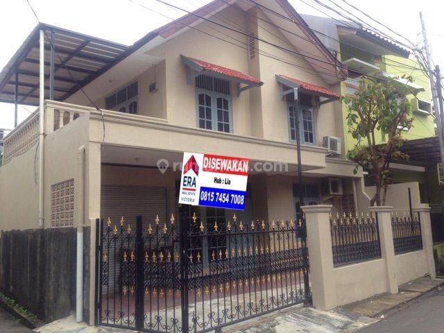 Rumah Siap Huni, Di Tebet, Jalan 2 Mobil
