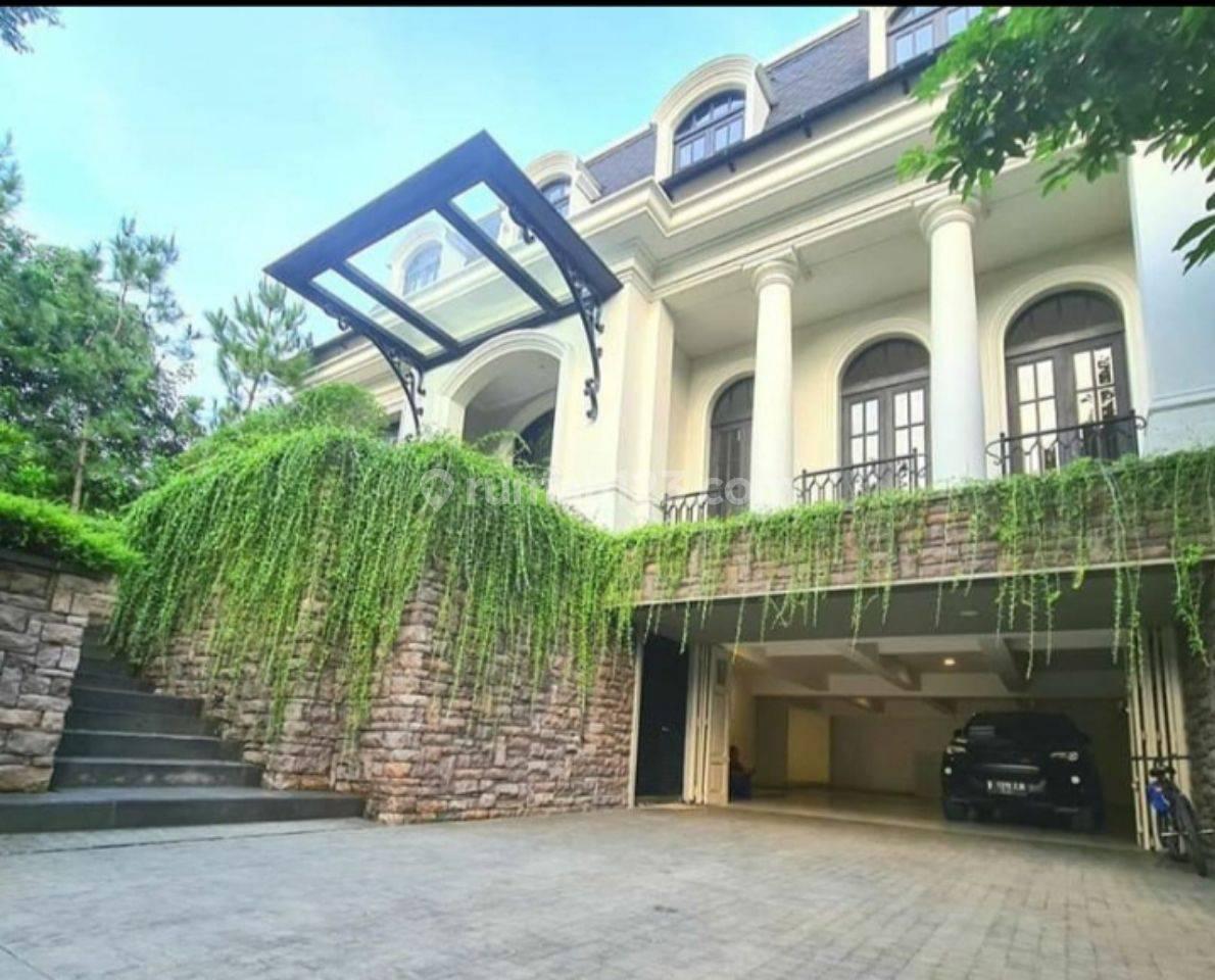 Brand New Rumah Mewah...