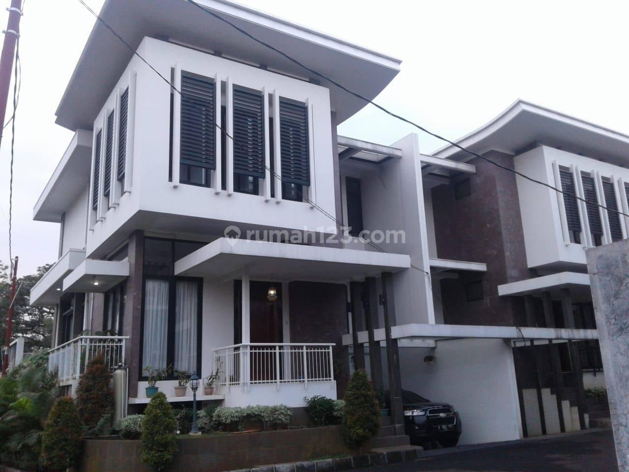 Cilandak Ragunan Rumah mewah harga murah dalam cluster Lt 220 Lb 330 harga 6milyar nego