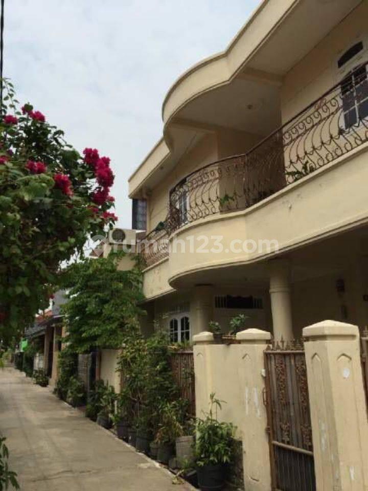 Rumah Tinggal Komplek DPR-RI II Meruya Selatan Kembangan Jakarta Barat