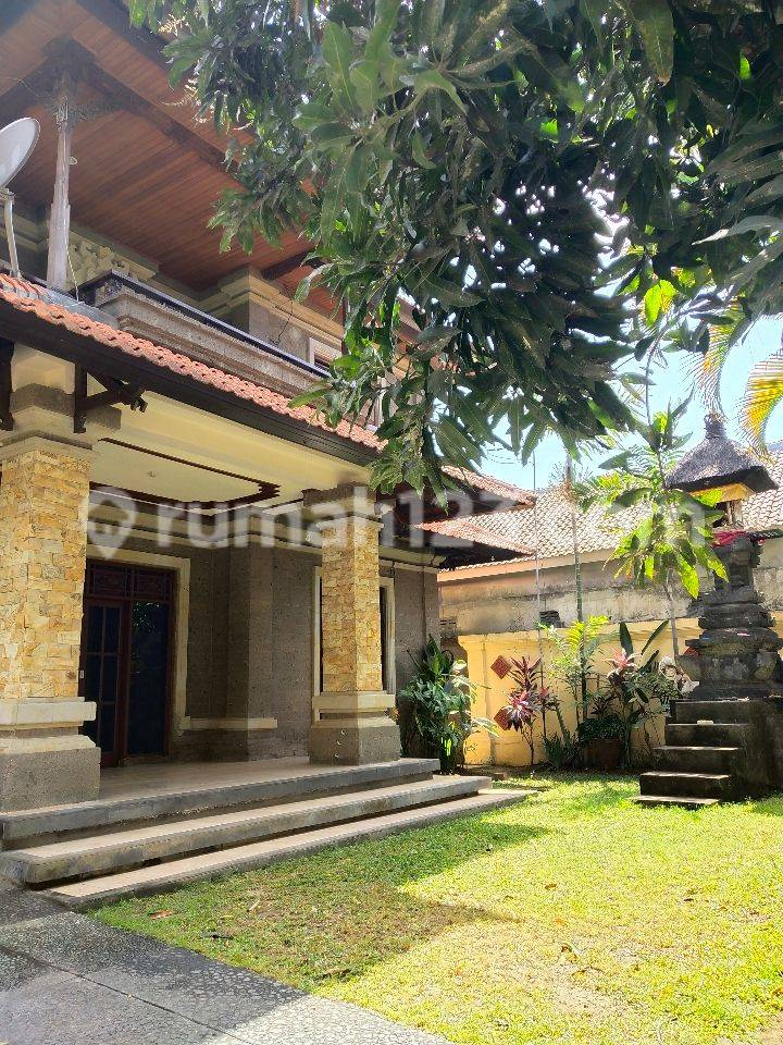 Beautiful House with Big Garden in Renon