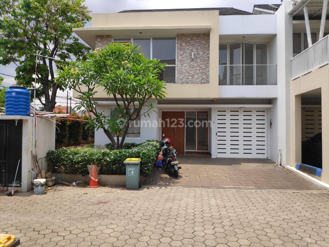 Rumah Mewah Cantik dan Asri di Kalibata Jakarta Selatan