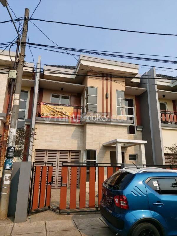 Rumah Disewa Jalan Caman Utara Raya Bekasi Barat
