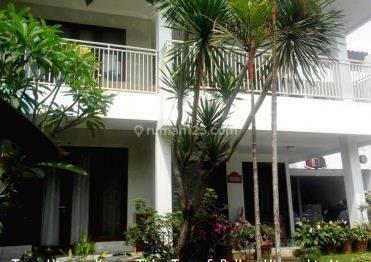 Rumah Cantik Asri yang Lapang di Margasatwa Baru Pondok Labu Jakarta Selatan