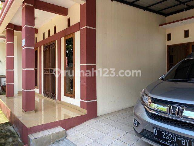 Rumah plus Kontrakan 1 pintu