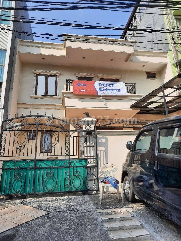 Rumah Muara Karang Lokasi Strategis Bisa Buat Kantor, bank & Restaurant