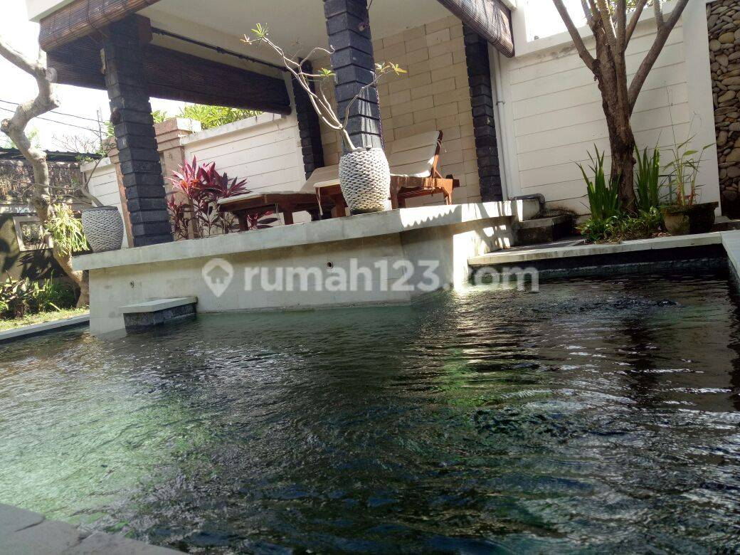 3 Bedrooms Villa in Sanur with Adult and Children Swimming Pool