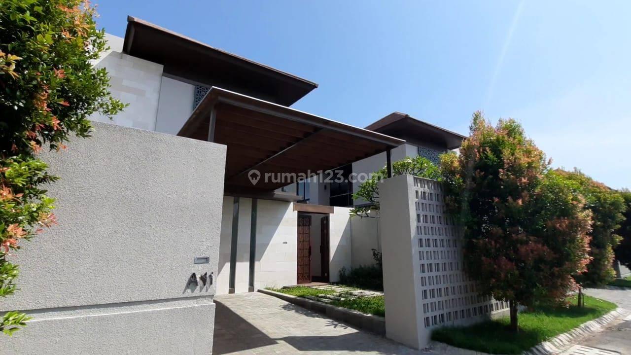 Rumah dekat pantai di Ciputra Beach Resort Bali