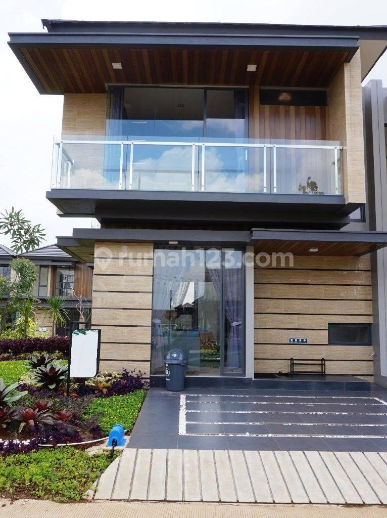 Rumah Cantik Selangkah ke Gading Serpong dekat ke Mall SMS