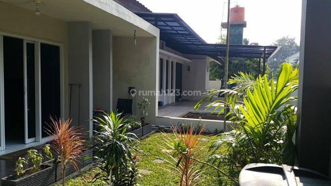 Rumah Hoek Di Saharjo Menteng Atas Jakarta Selatan