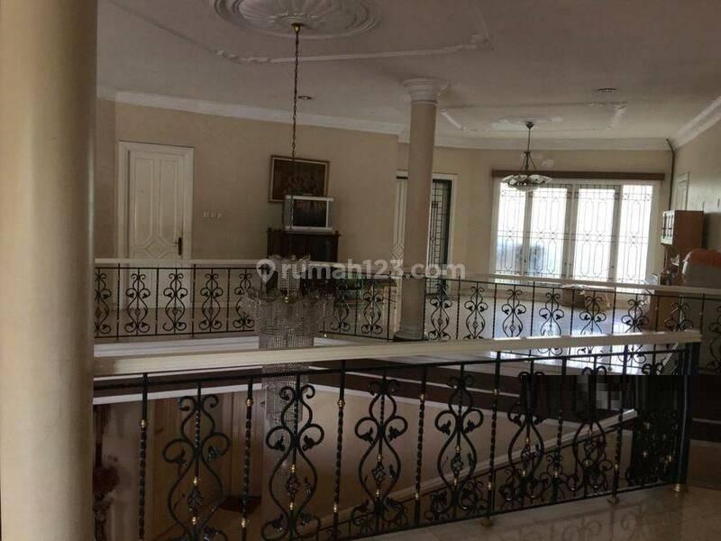 Rumah di Pakubuwono Jl Ophir Pakubuwono 6