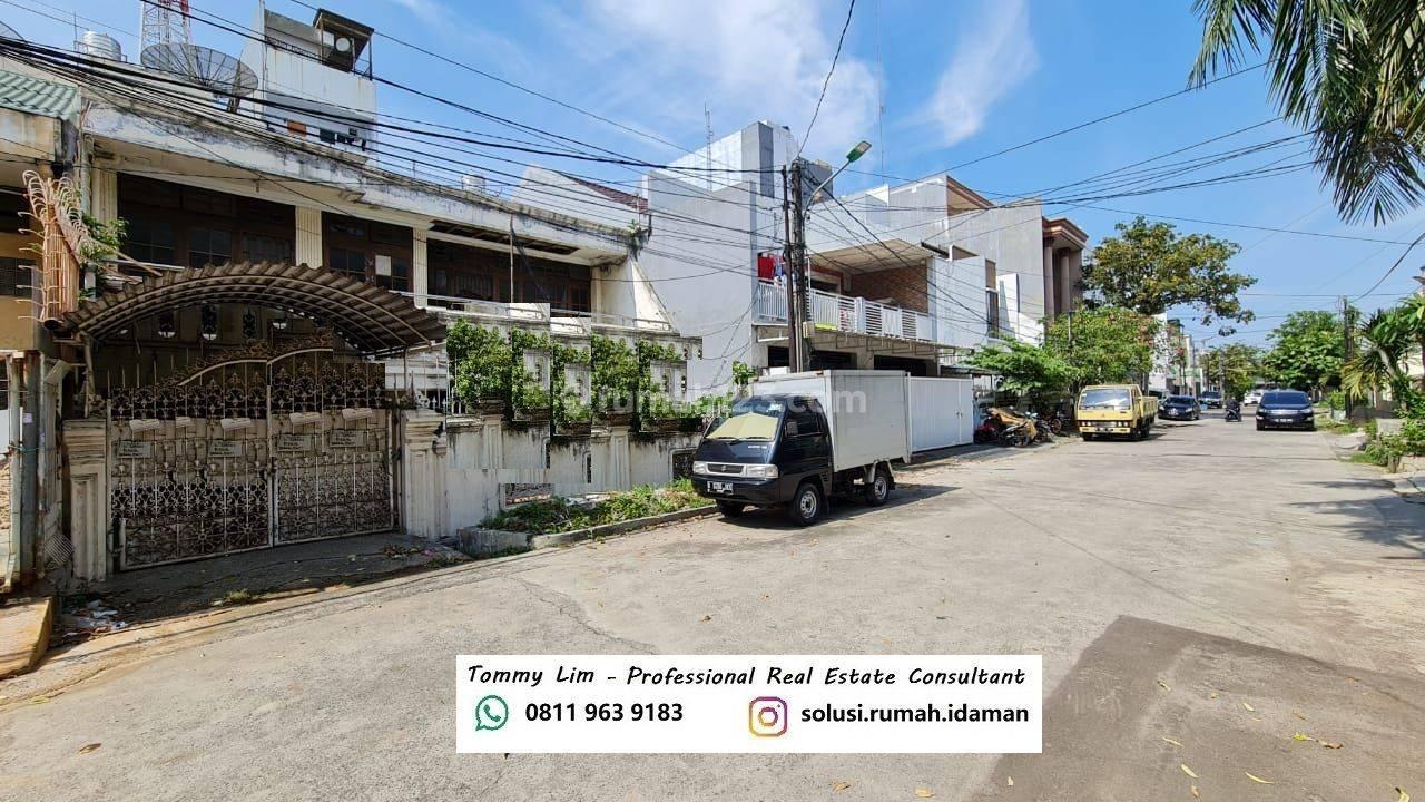 Rumah Muara Karang Blok 7 Depan. Lokasi Bagus, Jalan Lebar, Ke Pasar Deket. NEGO