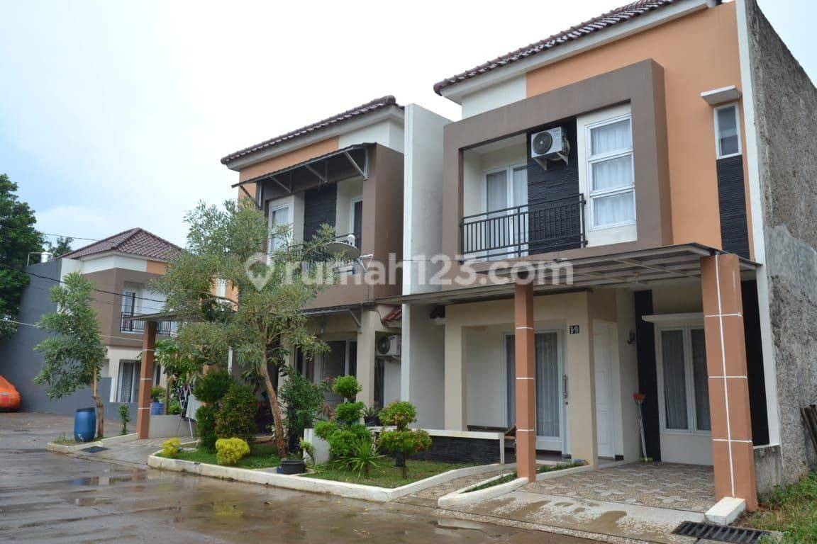 Rumah Luas Siap Huni di Jatimurni Dekat ke Raya Hankam dan Tol Jatiwarna Cocok untuk keluarga Besar