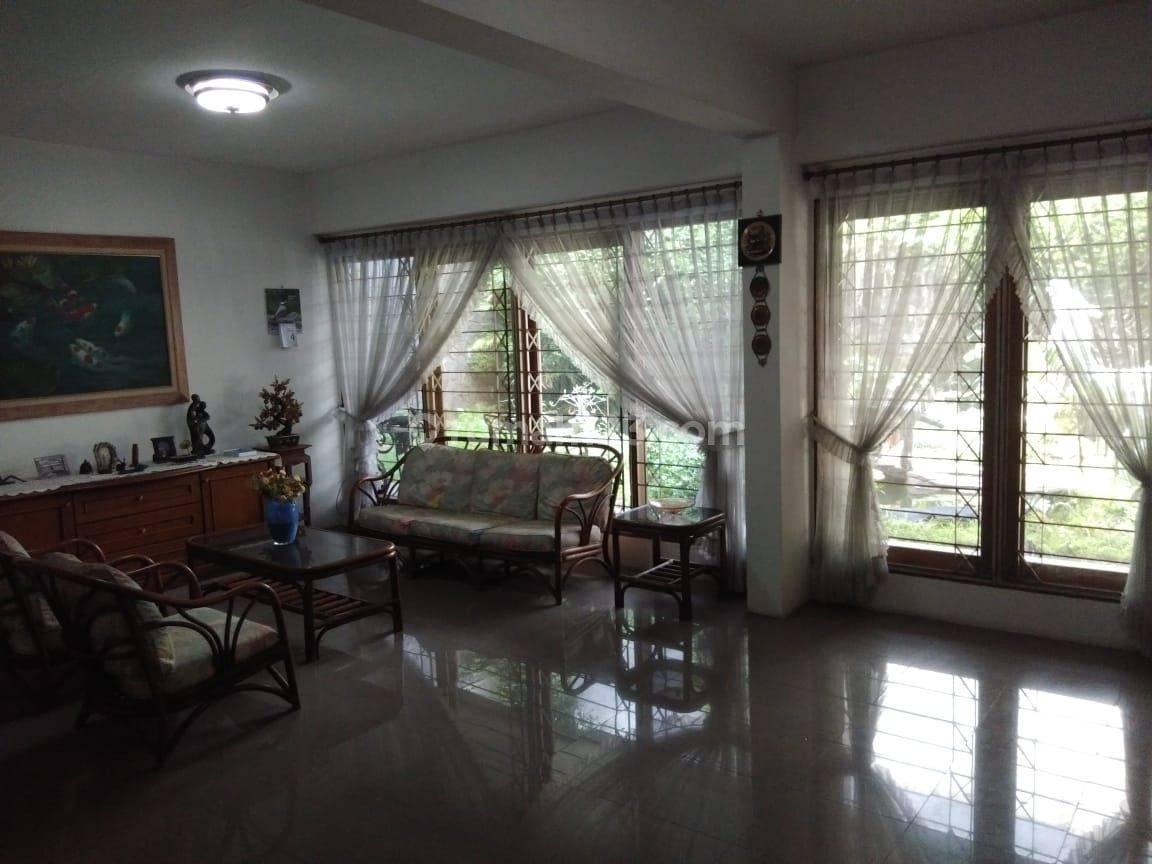 Rumah di Ancol - Pasir Putih