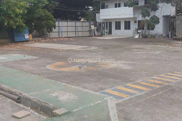 Tanah Jalan Antasari Cilandak dekat TB Simatupang Luas 9.350m Ijin 30 Lantai Murah