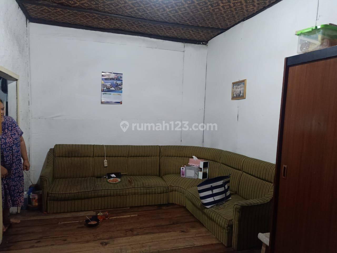 Rumah hitung tanah sayap Astananyar Bandung