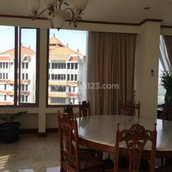 Apartemen Kintamani  ,Kemang area,jakarta selatan area ini dibangun oleh developer asal jepang.Arstitektur dan space luas menjadi nilai plus dari apartemen ini,selain harga yang masih bersahabat