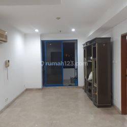 Apartemen  1 br corner siap huni, lokasi di apartemen Hayam wuruk