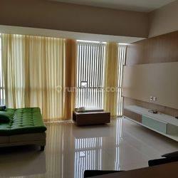 Linden Marvell City tipe 3 BR Full Furnish Apartment pusat kota Surabaya.