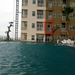 apartemen view kolam renang di lantai 8 pas dibawah kolam renang