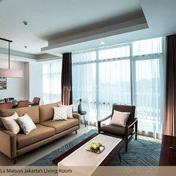Apartemen Oakwood Suites La Mansion Full furnished, Free Maintenance Charge, Free Listrik dan Free Biaya Internet, Jakarta Selatan