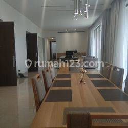 Brand New Apartment with Excellent Unit at The Pakubuwono Spring