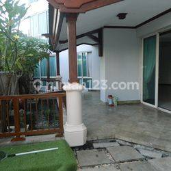 Exclusive Puri Casablanca Apartment with Beautiful Terrace Facing to Natural Water Fountain