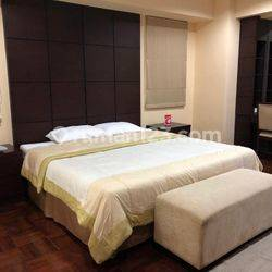 APARTEMEN PARK ROYAL GATOT SUBROTO  JAKARTA 3+1 BEDROOMS 162M2 FULLY FURNISHED