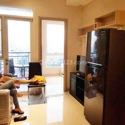 HARGA MURAH!! Apartemen Elpis Residence 2BR Semi Furnished di Gunung Sahari, Jakarta Pusat