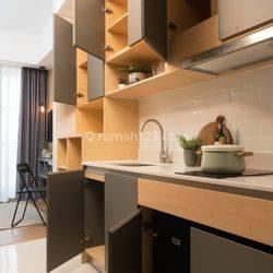 Apartemen Berdekor Cantik dan Mewah