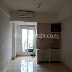 Apartemen Puri Park View Tower C studio lt 20 hdp pool/selatan