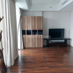Apartemen Cozy & Strategis di Kemang Village Residence Tipe 4+1BR Furnished A2840