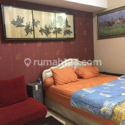 Apartemen Season City Luas 30m2 Studio Bedroom View Pool MId Floor