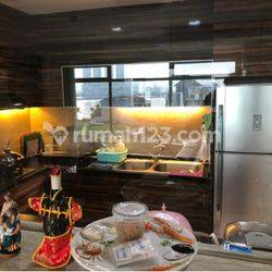 Apartemen Pantai Mutiara tower Damar view city & laut 3 kamar tidur