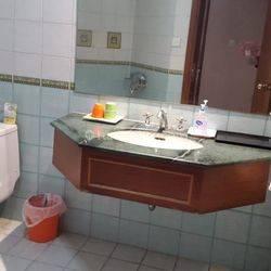 Kondominium Regency Lt. 18 - Full Furnish, Dekat Sheraton Hotel Sby